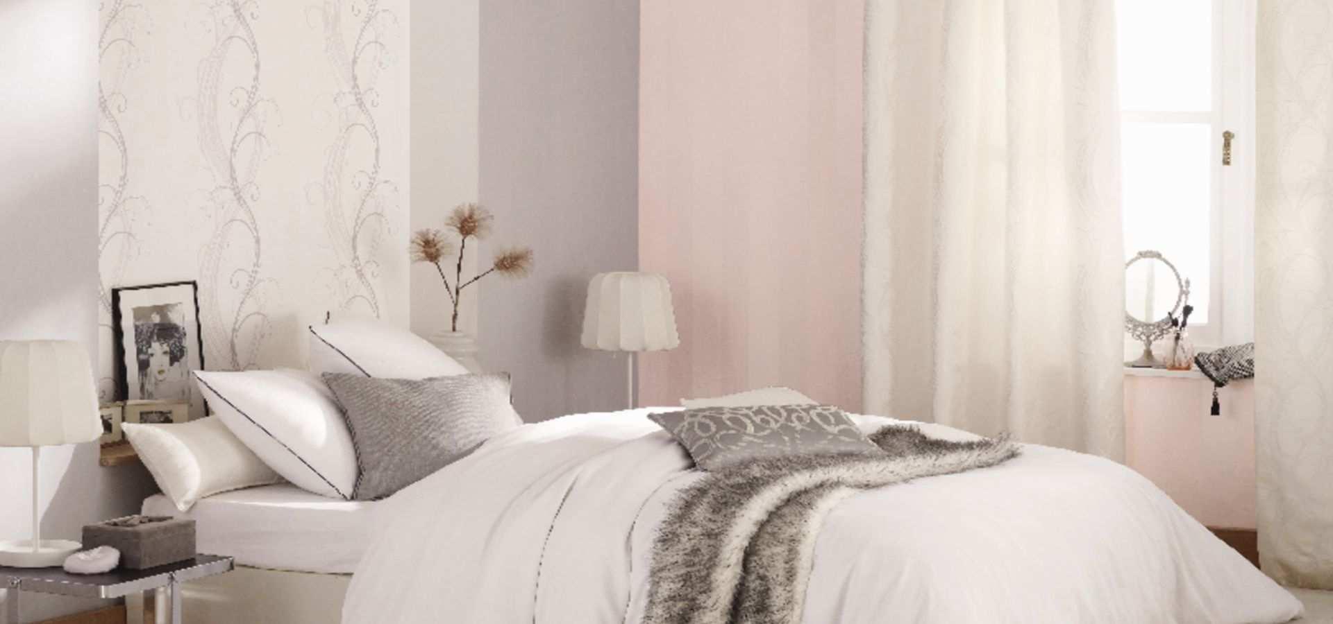 Schlafzimmer Tapete rosa mit Ornament
