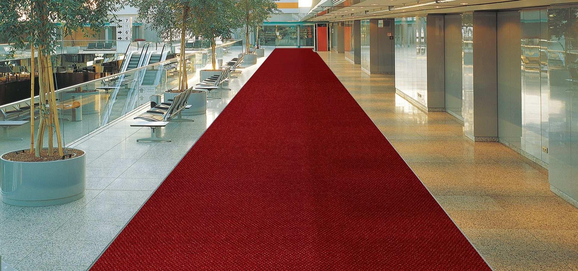 Bild Sauberlauf im Einkaufszentrum rot