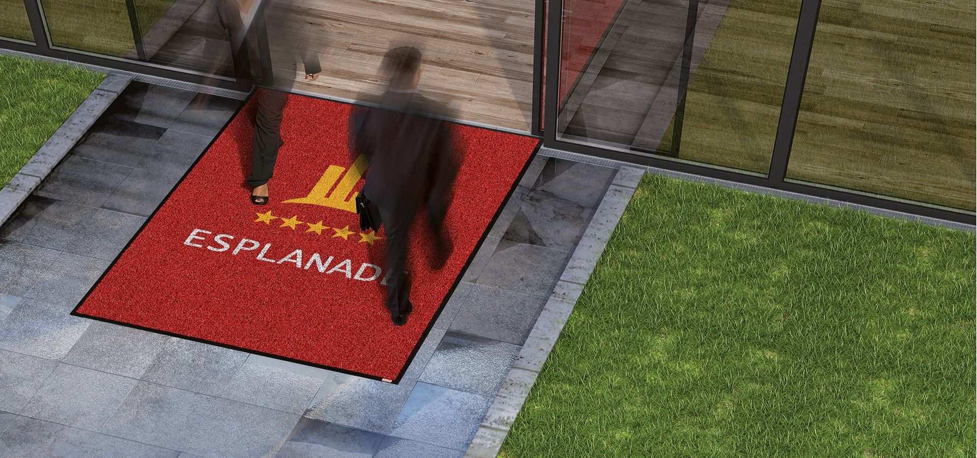 Bild Sauberlauf mit Logo Hotel