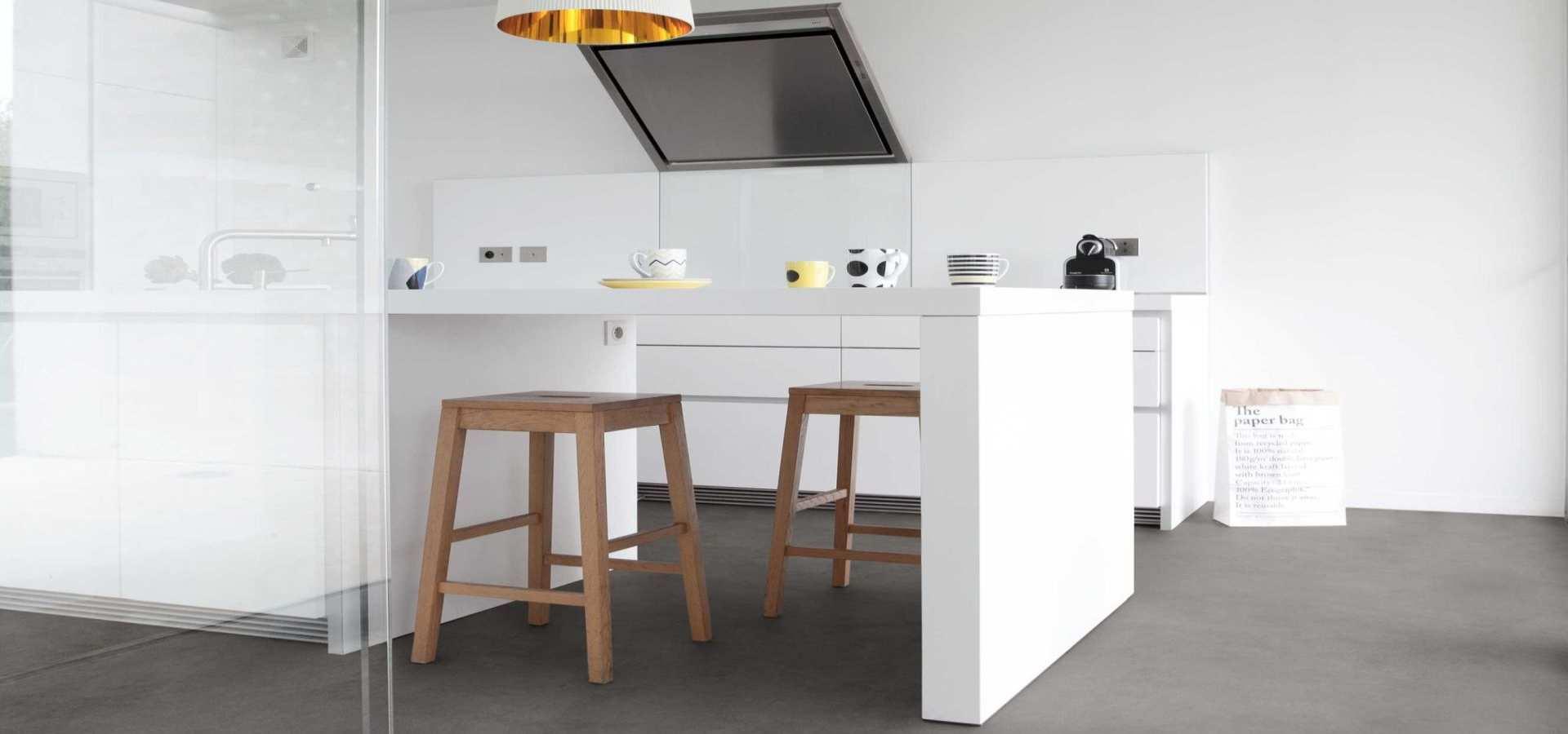 Bild Küche mit CV Belag betonoptik grau