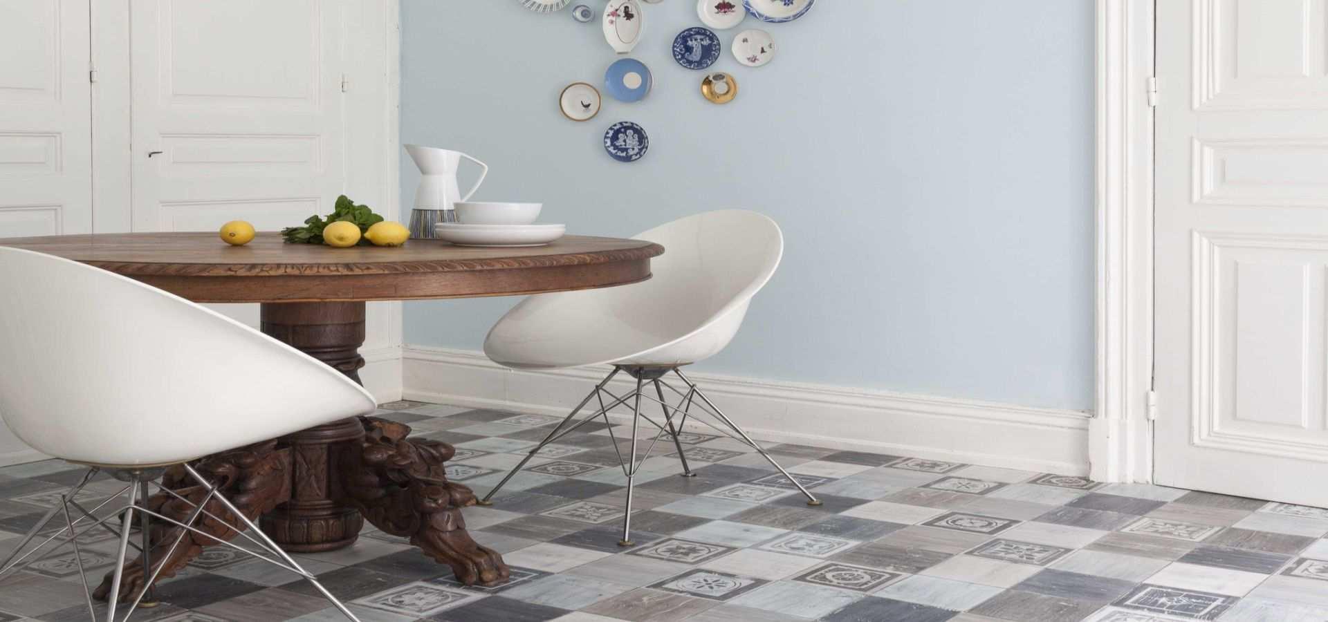 Bild Küche mit CV Belag Retrofliese