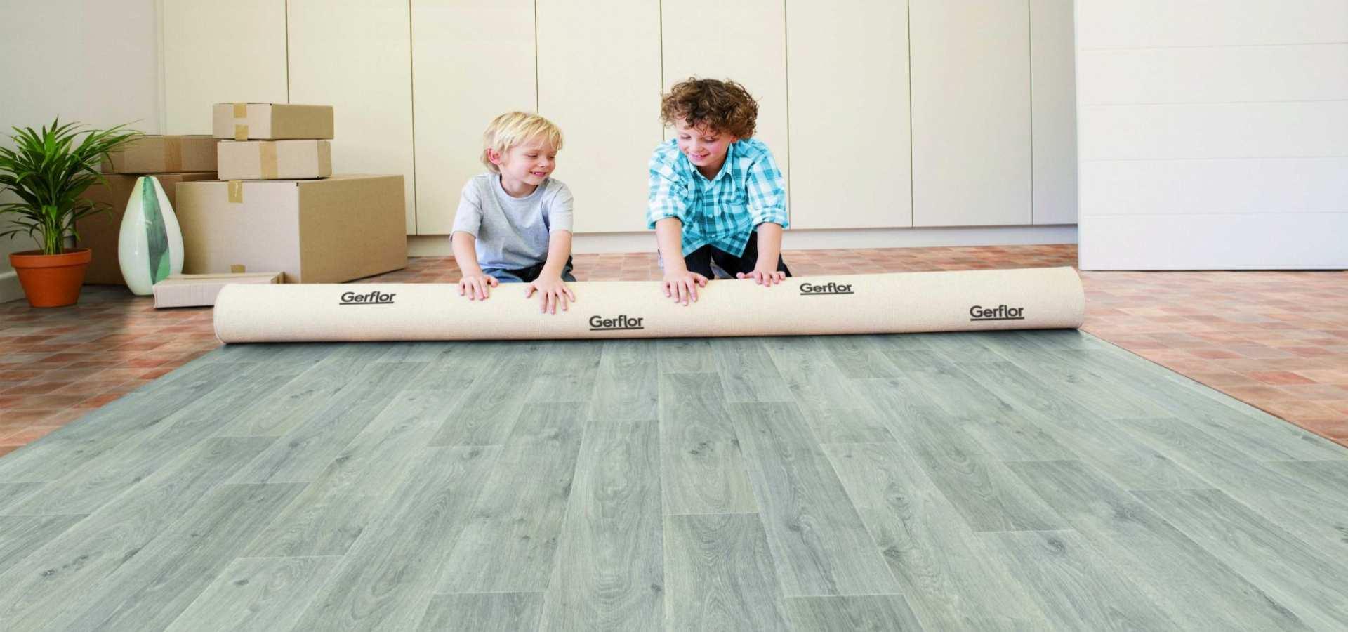 Bild Kinderzimmer CV Belag Holz grün