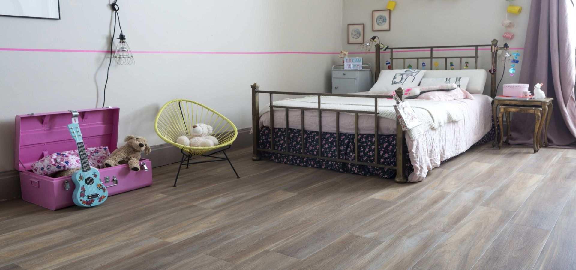 Bild Kinderzimmer Designvinyl Bodenbelag Holz dunkel