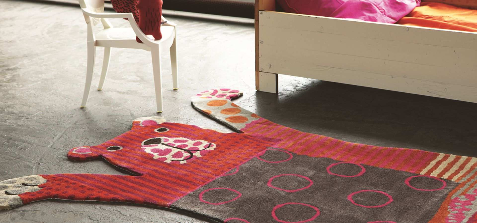 Bild Kinderzimmer Teppich mit Bär rot